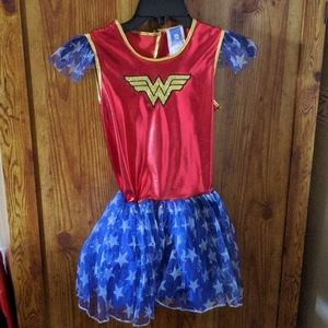 Girls DC comics Wonder women costume size 7/8